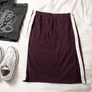Aritzia TNA Burgundy Clearwater Jersey Skirt - M